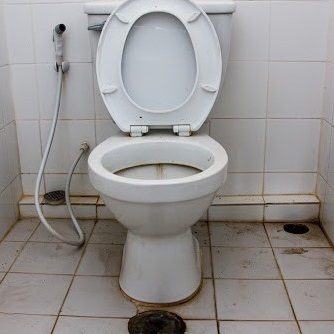 Cleaning Service Toilet di Bali